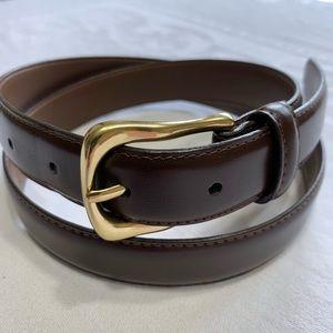 Liz Claiborne medium leather belt gold buckle